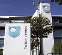 "The Open University <span class=""subscript"">(NUR ENGLISCH)</span>"